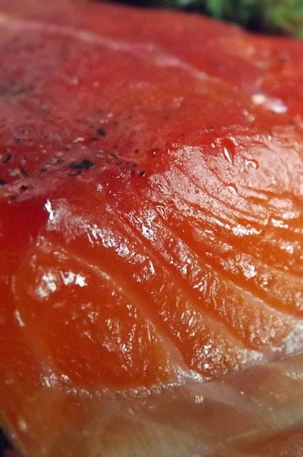 salmone affumicato con legno di ciliegio