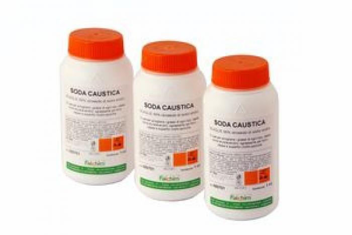 Soda Caustica 1 kg.