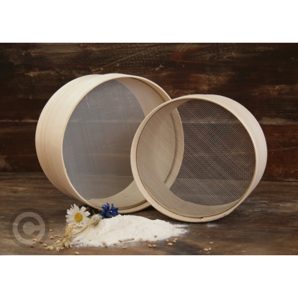 Serie 2 di setacci per farina fine-grossa