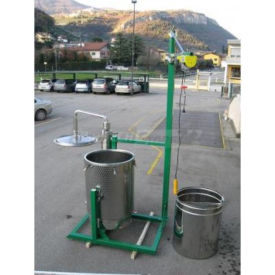 Struttura con paranco per estrattore Worker 500 Litri